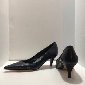 Bandolino navy heels, size 5 1/2